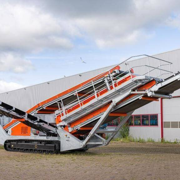 Solution image of Mobile Hein Lehmann Sieve on tracks